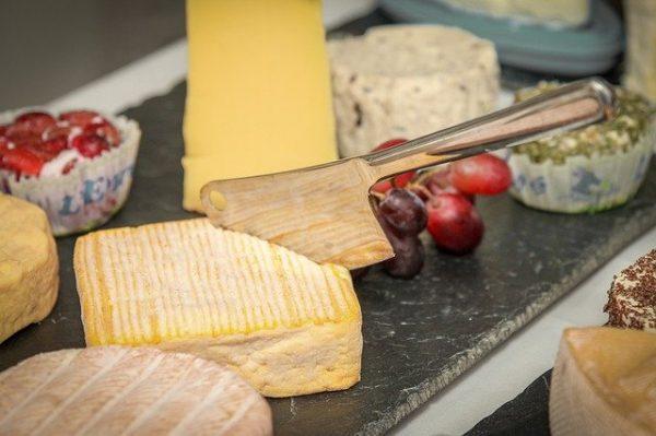 cheese-4516869_640.jpg